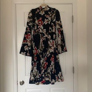LULUS long sleeve blue floral midi dress